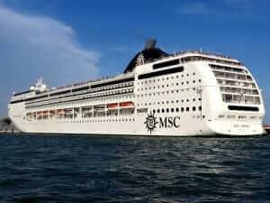 Kreuzfahrtschiffe Positionen
