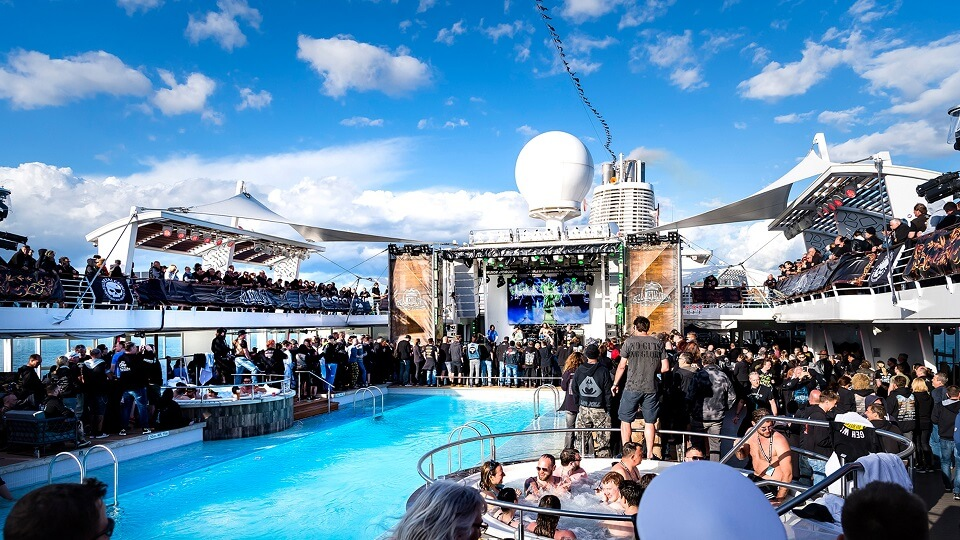 Read more about the article Full Metal Cruise geht in die neunte Runde – Das lauteste Festival auf See erobert Helsinki und Tallinn